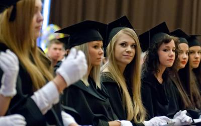 آیا می دانستید با اخذ ویزای کار پس از تحصیل مجارستان می توانید در این کشور اقامت بگیرید؟